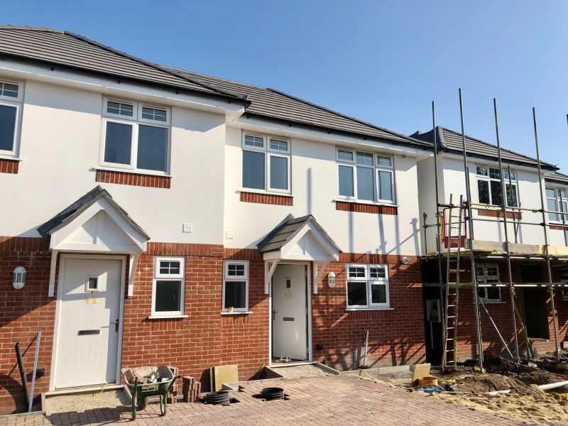 Brand new 3 bedroom house with an en-suite and underfloor heating & allocated parking